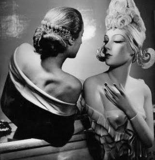 La stanza degli specchi